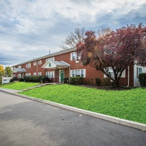 New Windsor Gardens Apartments For Rent in New Windsor, NY Building View