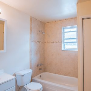 New Windsor Gardens Apartments For Rent in New Windsor, NY Bathroom